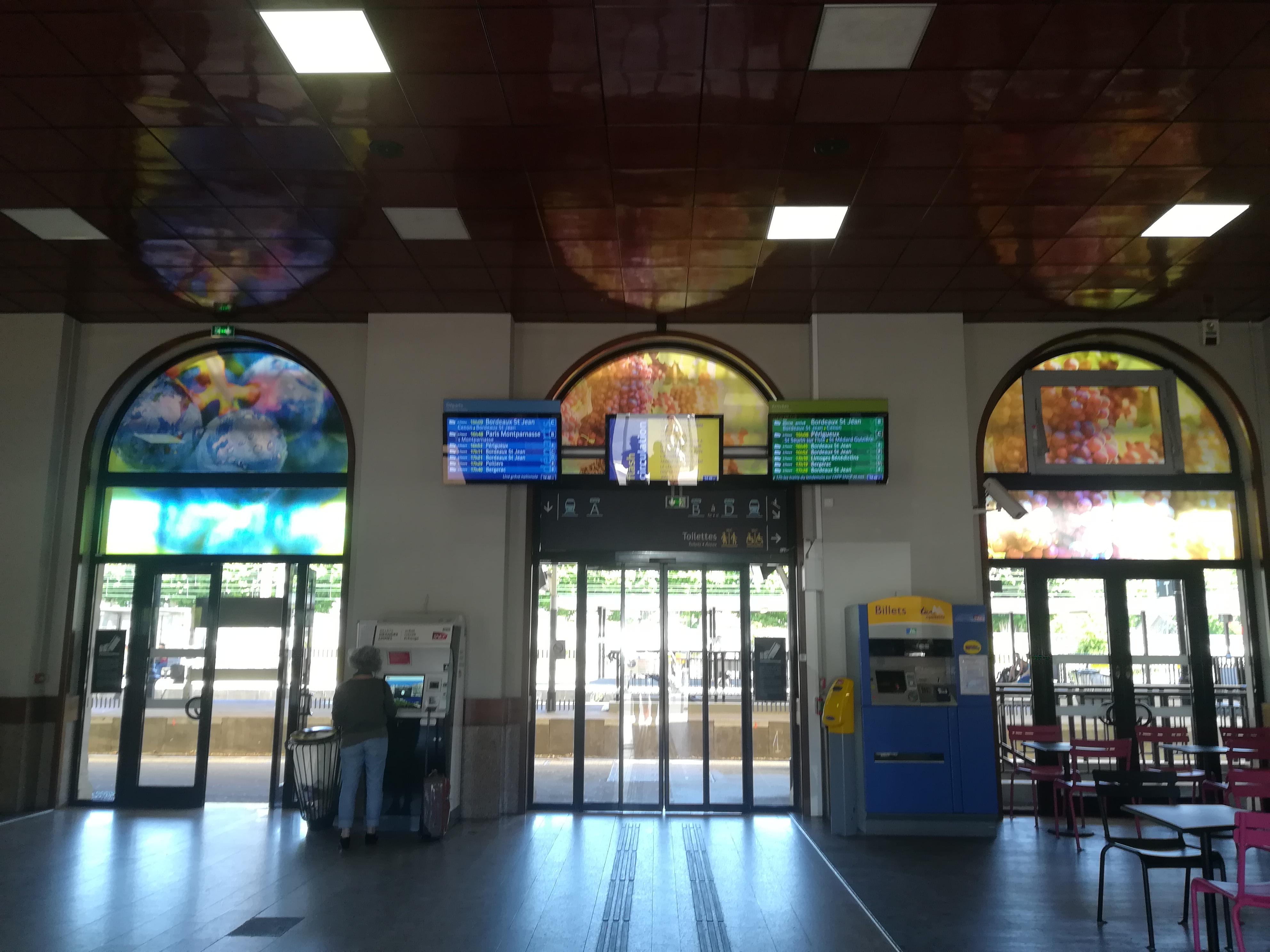 Décoration de la gare de Libourne