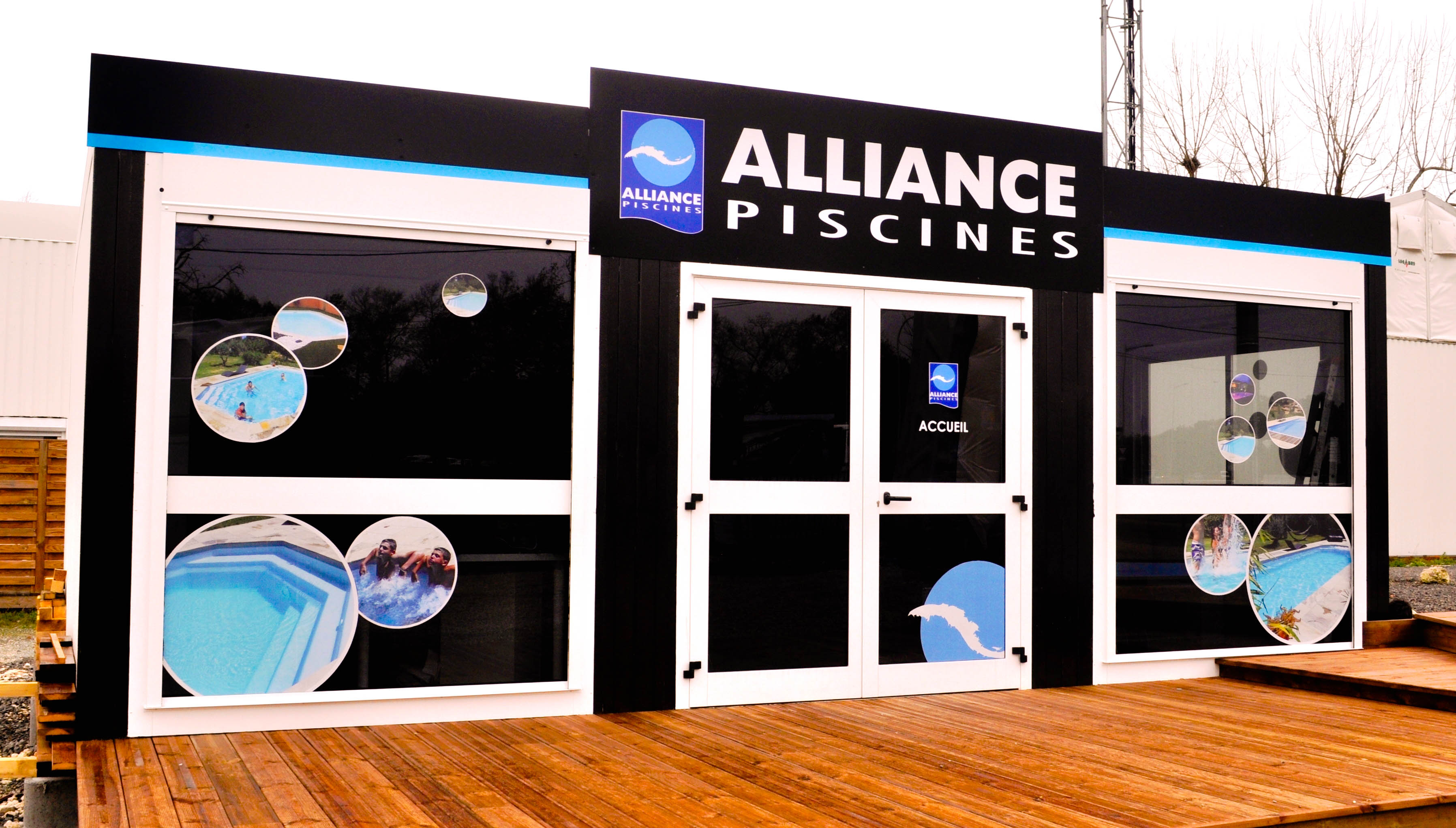 Vitrine pour Alliance Piscine